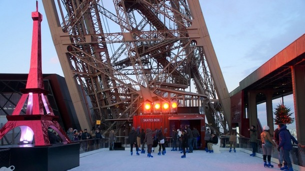 patinoires-a-paris-lady-heavenly-tour-eiffel-photo 6