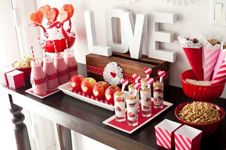 Saint valentin 8 id es de d corations de table beaute mode tendances - Decoration st valentin ...