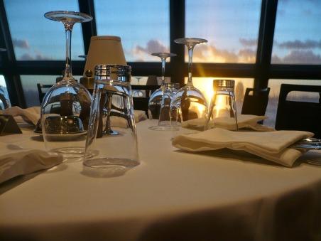 restaurant-358238_1280
