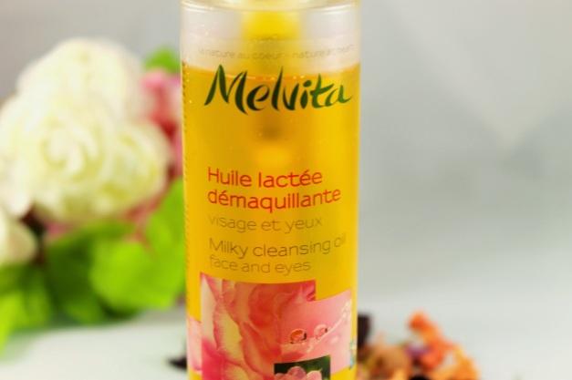 huile-demaquillante-lactee-3