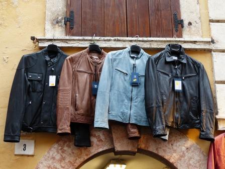 jackets-357898_1280