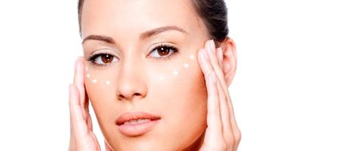 cr mes anti rides contour des yeux a quel ge faut il commencer beaute mode tendances. Black Bedroom Furniture Sets. Home Design Ideas