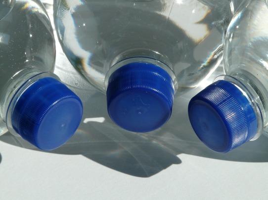 bottles-60474_1280
