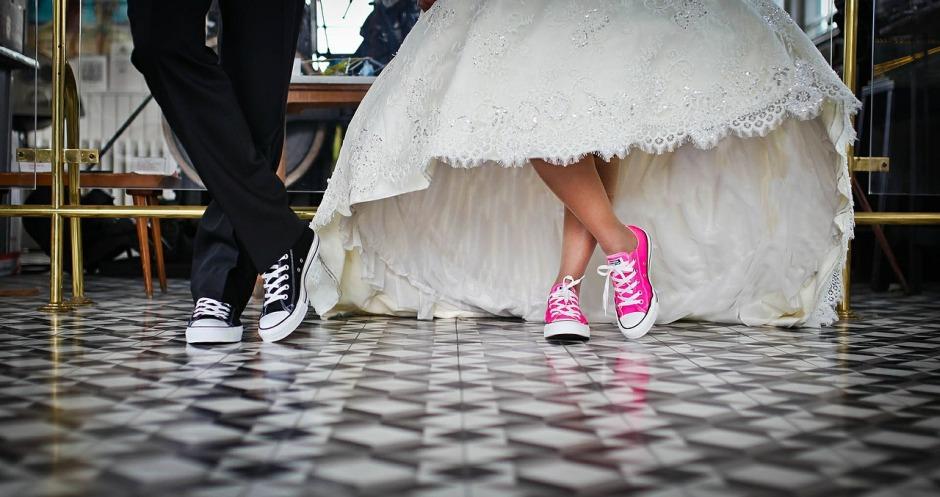 mariage : les tenues à éviter en tant qu'invitées