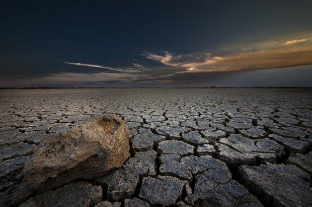 124331__nature-earth-stone-cracked-desert-dry_p