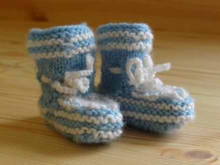 baby-socks-258323_1920