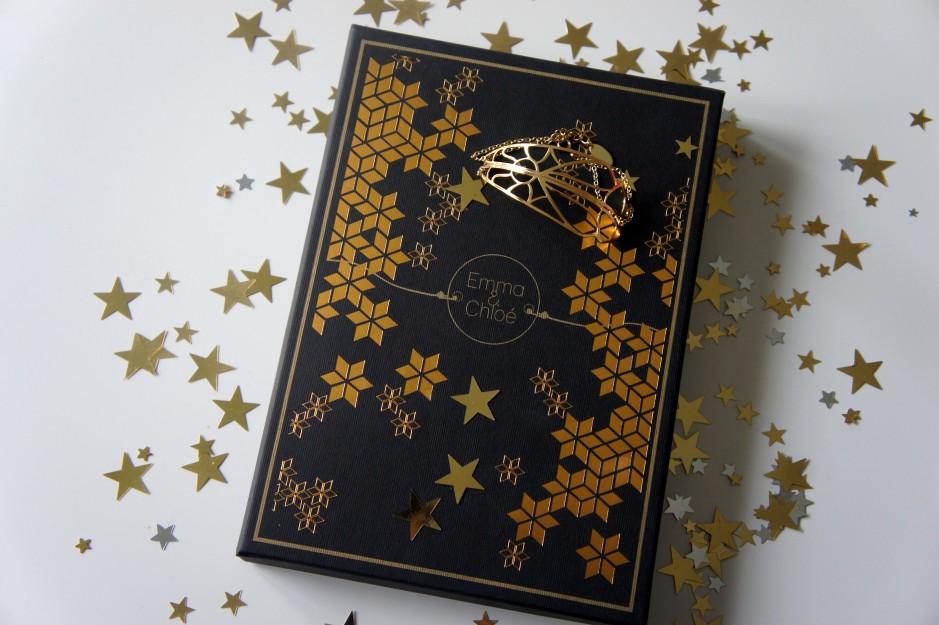 emma-et-chloe-le-bracelet-doré-envoûtant