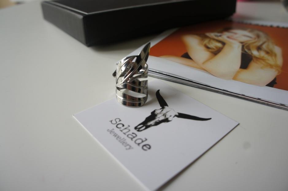 alt-emma-chloe-bague-feu-schade-jewellery